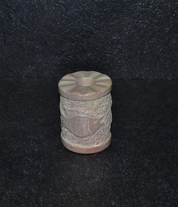 P/candela picchiettato inciso